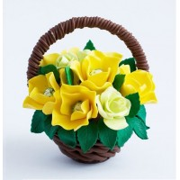 Шоколадная корзина с цветами № 15